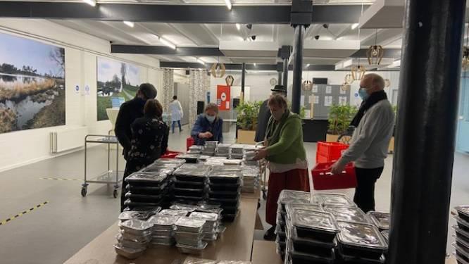 Rotary Club Turnhout deelt 415 feestmaaltijden uit