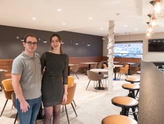 """Jonas (24) en Stephanie (24) openen in volle coronacrisis een nieuwe bistro: """"Onze bank overtuigen was nog het moeilijkste"""""""