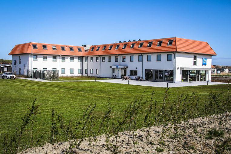 Aan het gloednieuwe hotel met 102 kamers is twee jaar gebouwd.