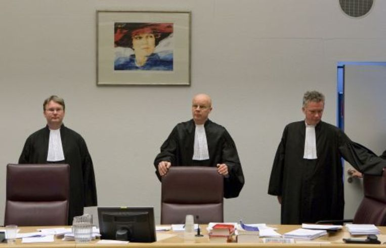 Rechters in de rechtbank in Rotterdam die de zaak rond de strandrellen in augustus vorig jaar in Hoek van Holland behandelen (archieffoto december 2009). ANP Beeld