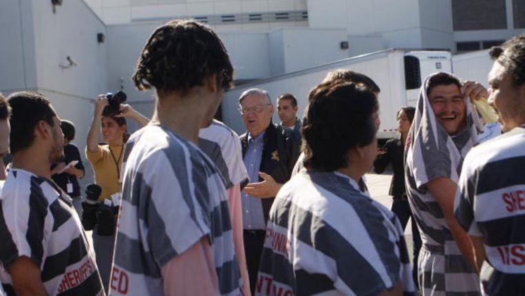 De omstreden sheriff Arpaio tussen de gevangenen.