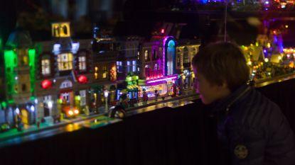 IN BEELD: Legobeurs is groot succes