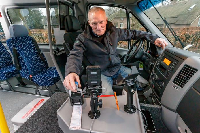 Buurtbussen herintroduceren de strippenkaart.