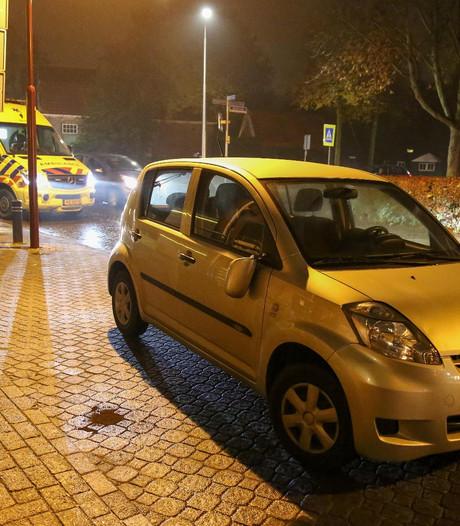 Automobilist rijdt voetganger aan op zebrapad in Vriezenveen