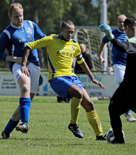 Invaller schiet achter standbeen gelijkmaker binnen namens FC Uden