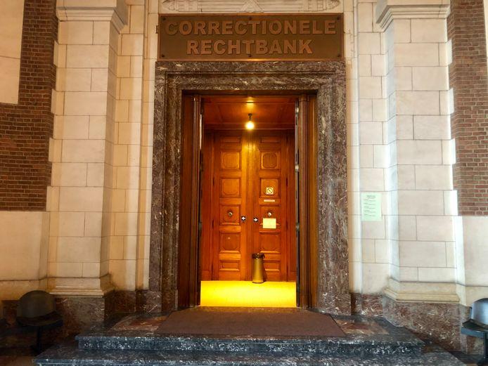 De correctionele rechtbank in Leuven waar het trio zich moest verantwoorden.