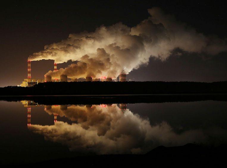 Europa's grootste kolencentrale, bij Belchatow in Polen. Beeld AP