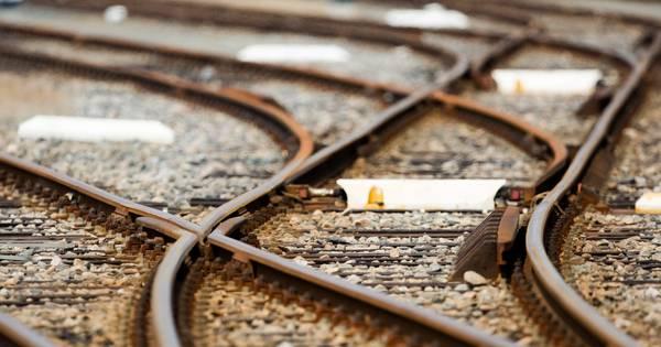 Treinverkeer Amersfoort - Zwolle urenlang plat vanwege aanrijding.