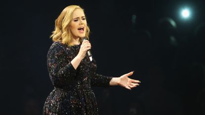 """Adele blikt terug op haar verjaardag: """"30 was een behoorlijke beproeving"""""""