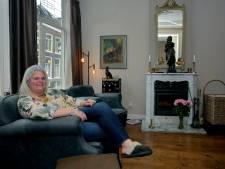 Spullen van Ikea zul je niet snel vinden in het huis van Sylvia: 'In antiek zit zo veel meer leven'