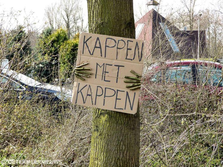 Tegen de kap van bomen, niet alleen op de Langenberg, komt heel wat protest.
