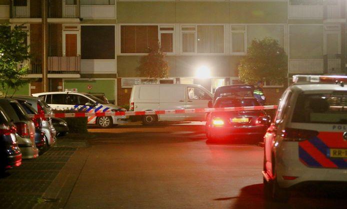 De politie doet onderzoek naar de schietpartij in Rosmalen