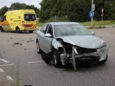 Schade bij aanrijding tussen twee auto's in Zegge