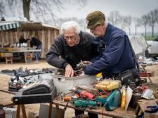 Vanuit Duitsland en België naar ruilbeurs naar Reeth voor tractoronderdelen