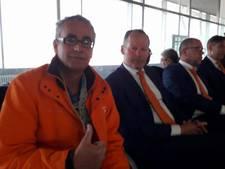 Zwollenaar Kosterman even de Ongeluksmakelaar als hij met Blind op de foto gaat
