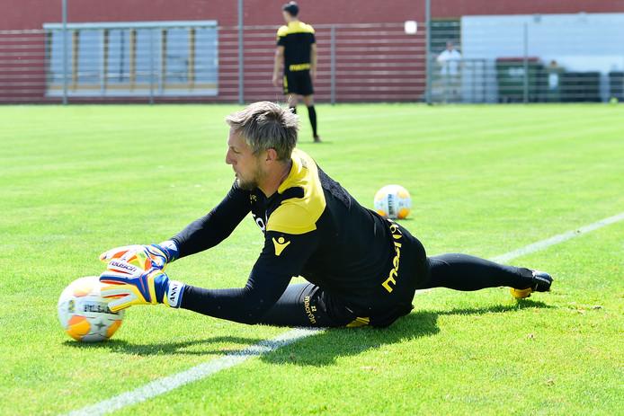 Remko Pasveer laat op het trainingskamp van Vitesse in Oostenrijk een zeer gedreven, goede indruk achter.