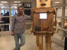 Docent uit Gemert bouwt 'feelgoodrobot'