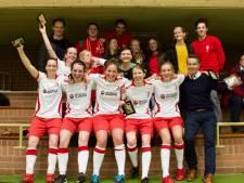 Eredivisie voor zaalvoetbalsters ESZVV Totelos nog maatje te groot
