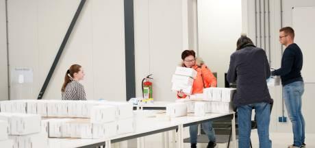 Tienduizenden mondkapjes uit China komen aan in Staphorst: 'Gekkenwerk'