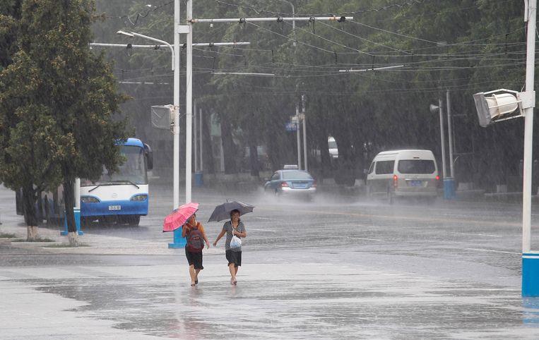 Tyfoon Lingling gaat hard tekeer in Zuid-Korea en richtte veel schade aan.
