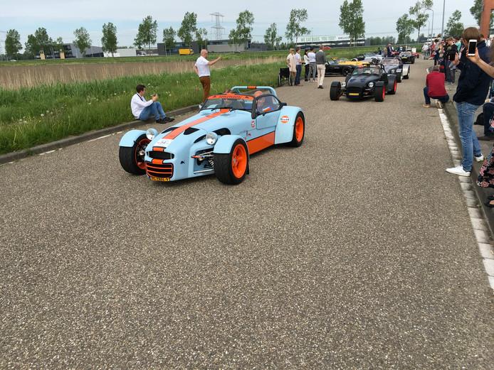 Verschillende modellen uit de 40-jarige historie van het bedrijf waren ook rijdend te zien.