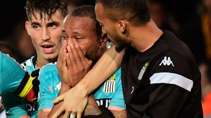 KVM-supporter (41) riskeert zes maanden cel én drie jaar stadionverbod voor Hitlergroet tijdens KV Mechelen-Charleroi