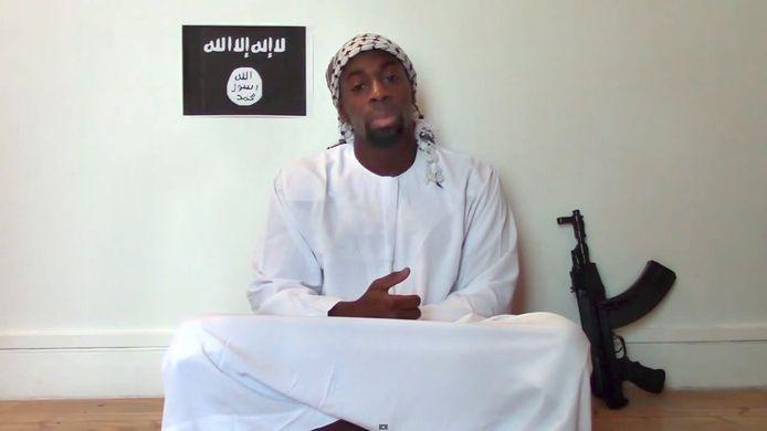 Een still uit de video van Amedy Coulibaly.
