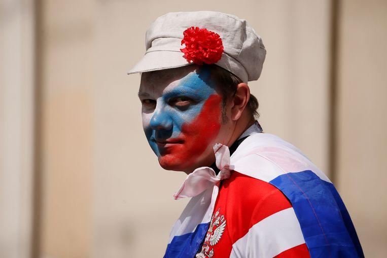 Een supporter van het Russische elftal. Beeld REUTERS