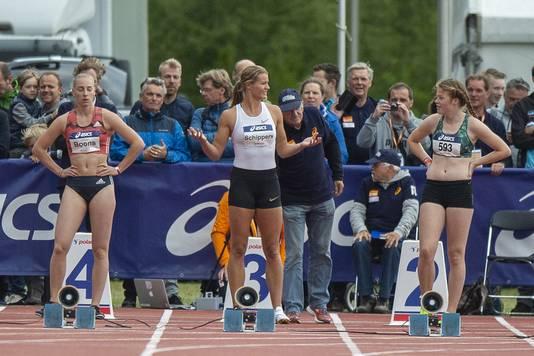 Dafne Schippers is door een valse start gediskwalificeerd voor de halve finale van de 100 meter in Utrecht.