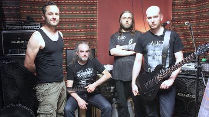 """Kludde, de enige black metalband ter wereld die in het Oilsjters zingt: """"Duistere kant van Aalsterse verleden inspireert ons"""""""