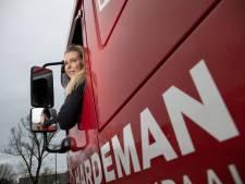 Adine is jong, blond én vrachtwagenchauffeur: 'Als bij mijn geen diesel door mijn aderen stroomt..'