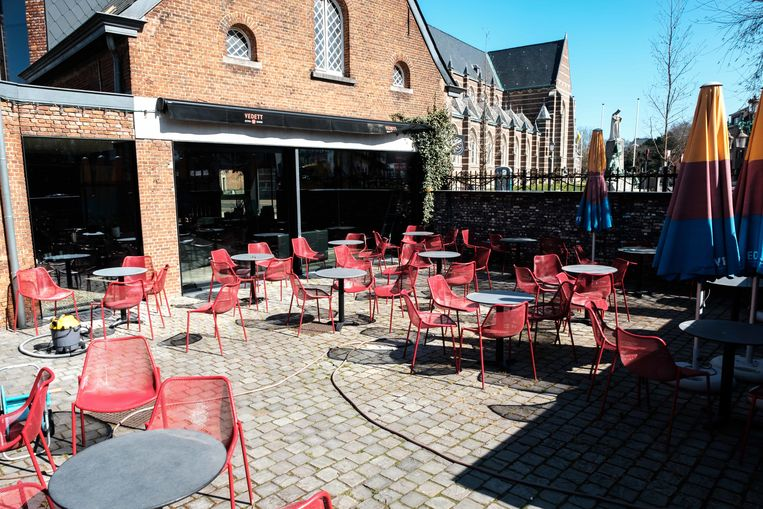 Boechout in lockdown. Cafe Barabas.