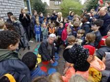 Nieuwe buitenspeelplaats basisschool De Kleine Beer moet kinderen stimuleren