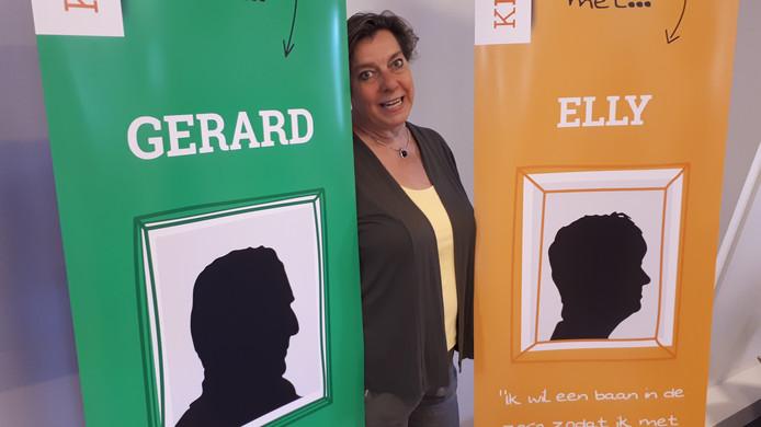 Marianne Janssen-De Goede bij promotiemateriaal voor Klasse!