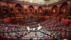 Rome op ramkoers met Europese Commissie: regering stuurt nieuwe begroting met exact zelfde cijfers