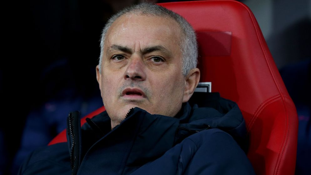 LIVE. Tottenham houdt 20 procent van de lonen van 550 niet-voetballende personeelsleden af - Crisisoverleg over Italiaanse competitie uitgesteld