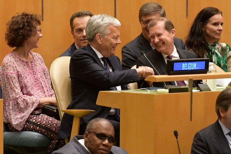 Minister van Buitenlandse Zaken Didier Reynders (MR) ontvangt felicitaties na de verkiezing van België tot tijdelijk lid van de VN-Veiligheidsraad.