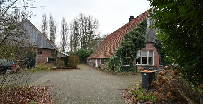 De boerderij aan de Dasstraat  die de laatste tijd door Stichting Ad Hoc werd verhuurd voor een symbolisch bedrag.