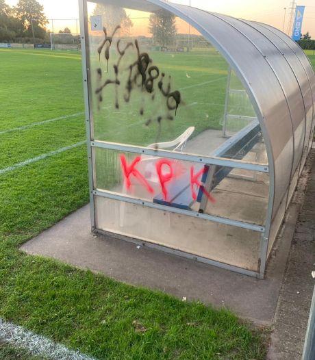 Boosheid bij DFS: 'Ludieke acties horen bij derby's maar dit is pure vernielzucht'