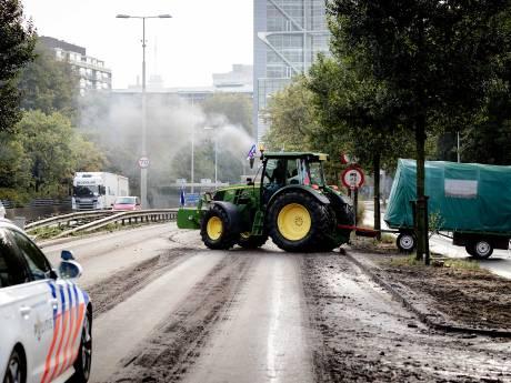 Boeren verlaten Den Haag, drukte op de weg