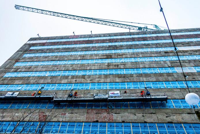 De renovatie van stadskantoor-1 in Tilburg is in volle gang.