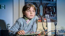 Nog nooit vertoond: Vlaamse Laurent (9) haalt bachelor aan Nederlandse universiteit