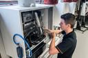 Cors den Hollander (17) is werkzaam in de installatietechniek.