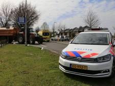 Fietser raakt gewond bij aanrijding met tractor in Rijssen