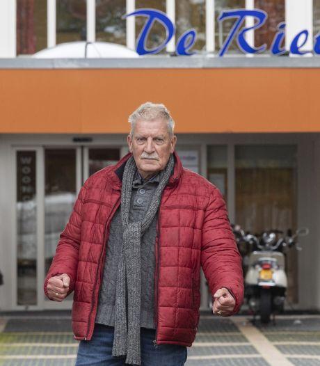 Wijkcentrum De Riet in Almelo moet sluiten: 'Stuk van ons leven afgepakt'