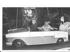 Botsauto's, paling en sombere pony's: de Bossche kermis van 1964