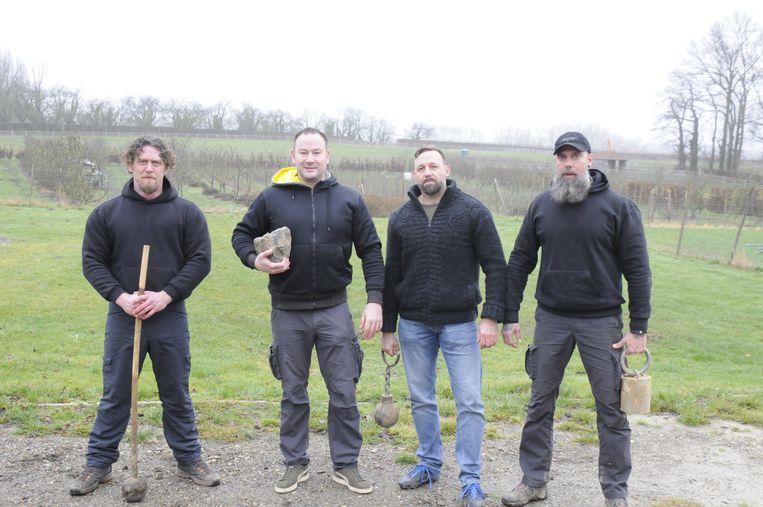 Johan, Tom, Jeroen en Bart gaan naar het WK Masters Highlandgames.
