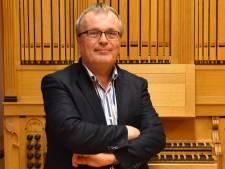 Directeur Sanderman van Rijssense Muziekschool stopt na bijna 40 jaar