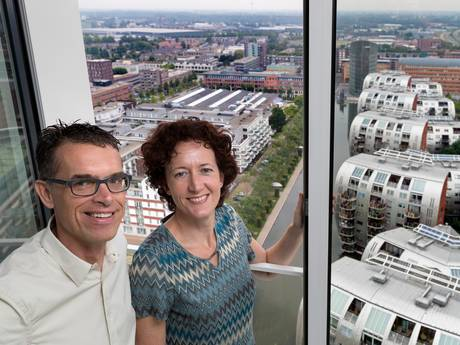 Afzuiger op dak Jheronimustoren leidt tot rechtszaak: 'Appartement trilt hele dag'