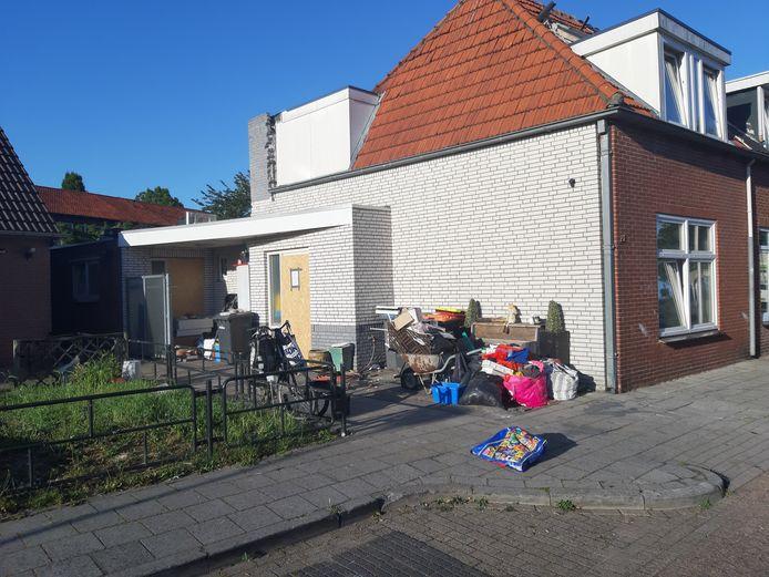 De woning aan de Gravenstraat is vrijdag aan het einde van de middag verzegeld.